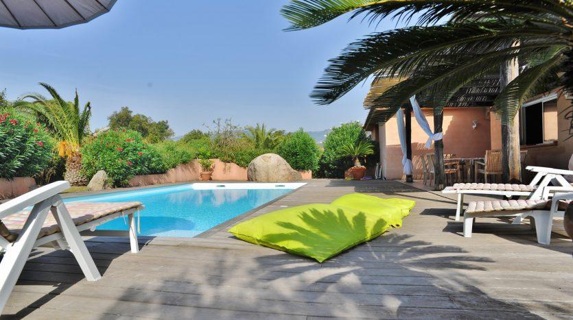 piscine vente et location de villas de luxe marina di fiori sud corse