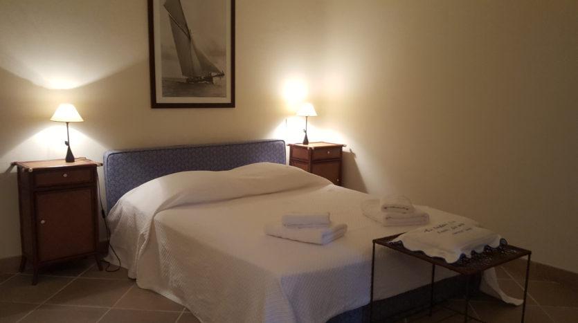 chambre location villa de luxe punta d'arasu bord de mer avec piscine sud corse