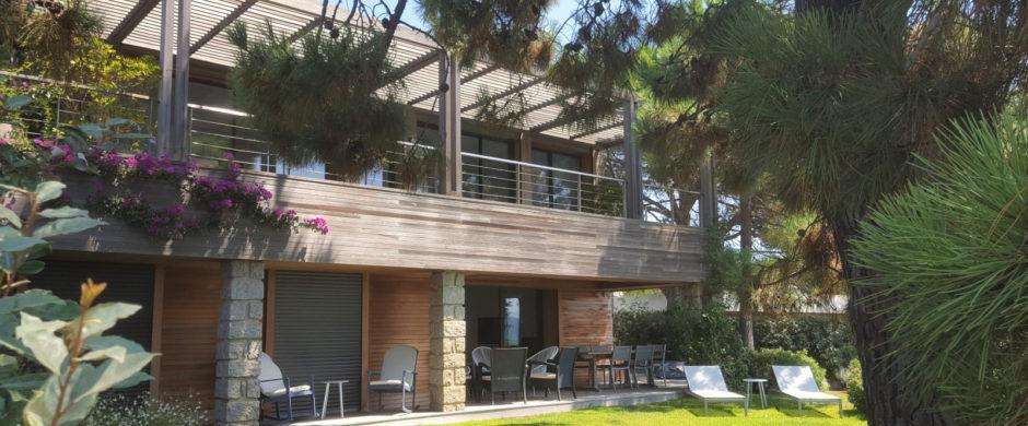 Location villa «pieds dans l'eau» à Cala Rossa