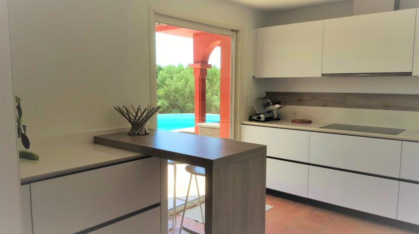 cuisine location villa de luxe capicciola vue mer piscine sud corse