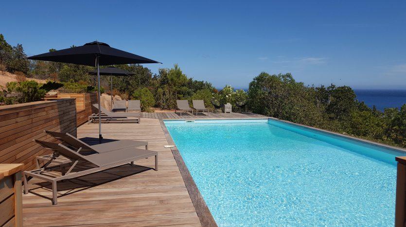 Location Villa Bord De Mer Entre Palombaggia Et Santa Giulia  Delta