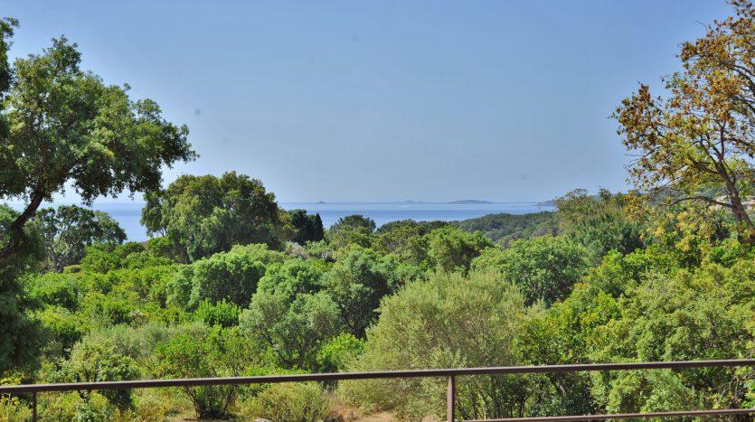 17-Punta-Araso-Cabanon-Bleu