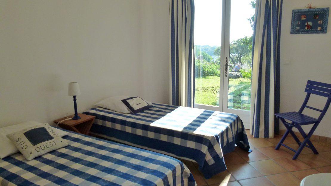 location-villa-porto-vecchio-piscine-jardin