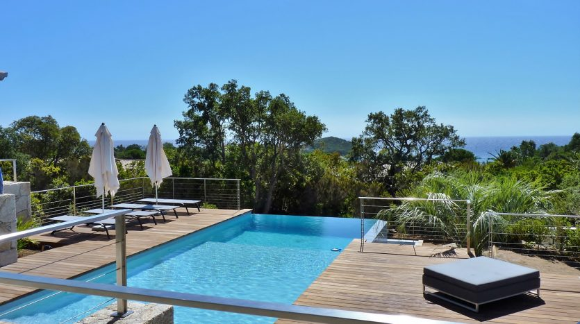 P1230987-01-location-villa-Capicciola-vue-mer-piscine-acces-plage