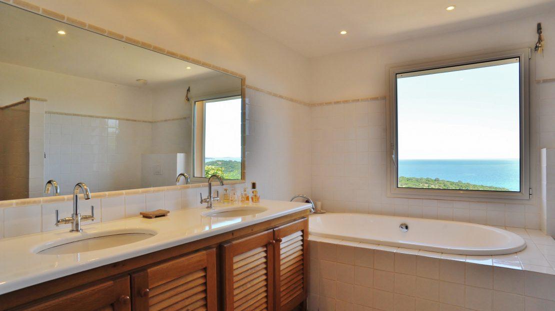 Villa-location-4 chambres-climatisation