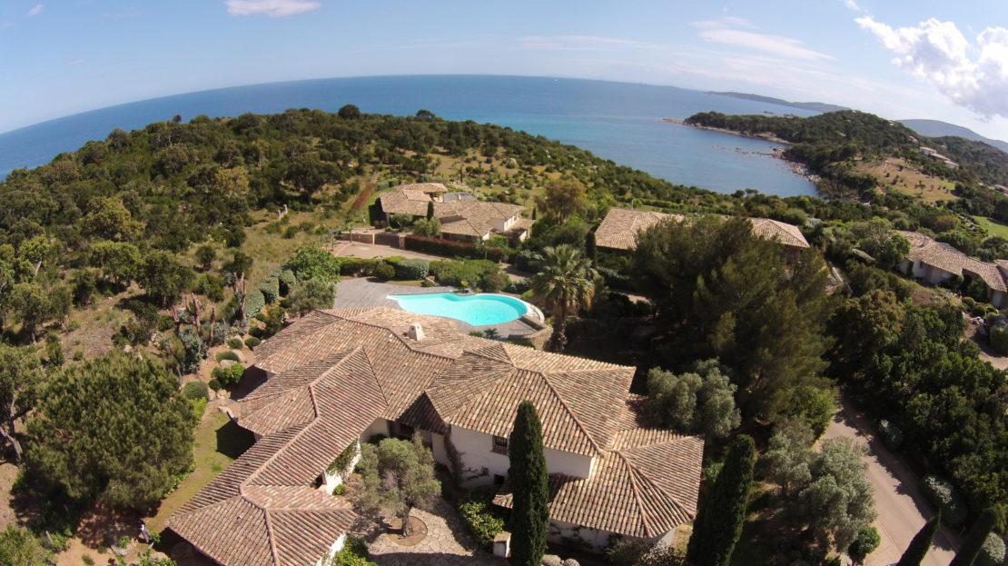 villa dans domaine privé delta-immo-porto-vecchio