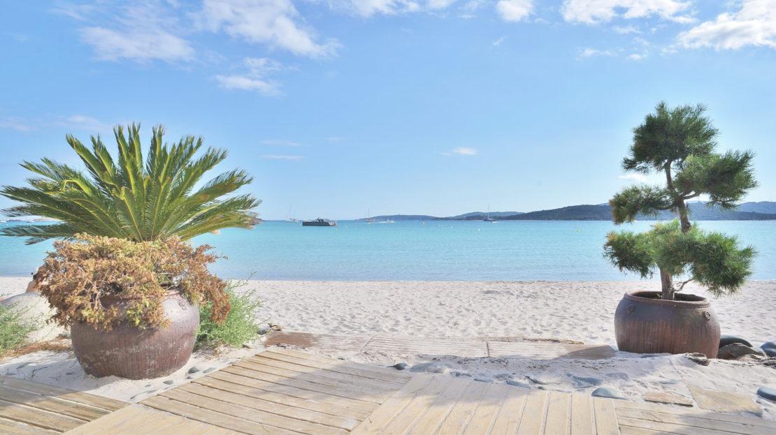 location villa vue panoramique proche de la plage du Cabanon bleu
