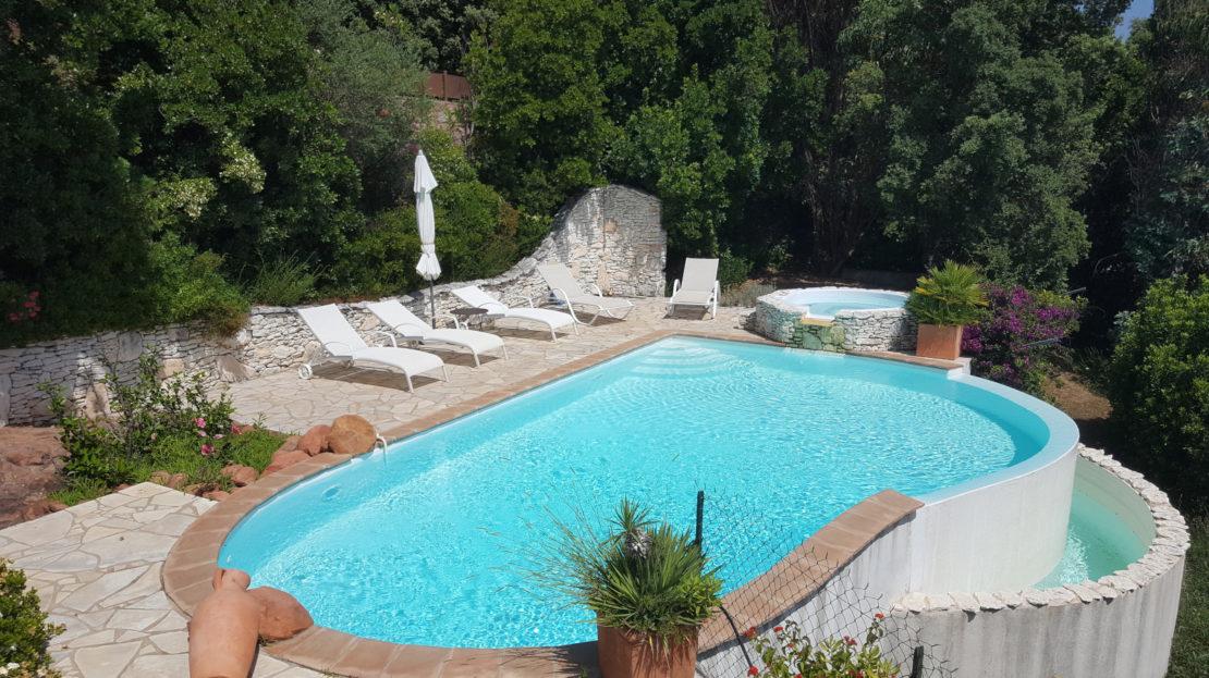 piscine villa avec vue panoramique porto vecchio delta immobilier