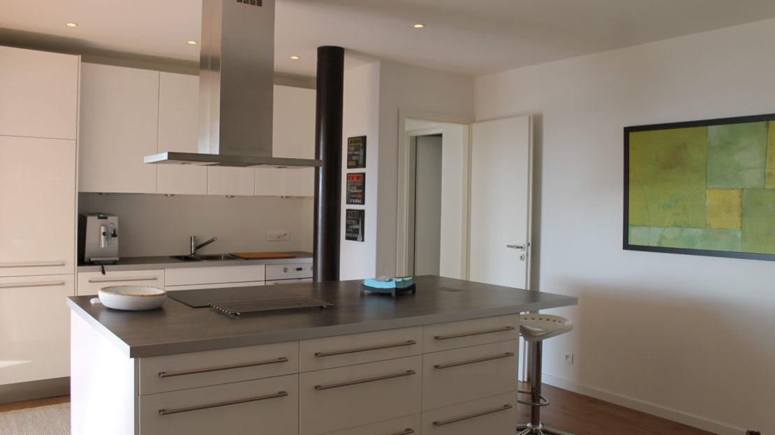 cuisine ouverte villa avec vue panoramique porto vecchio