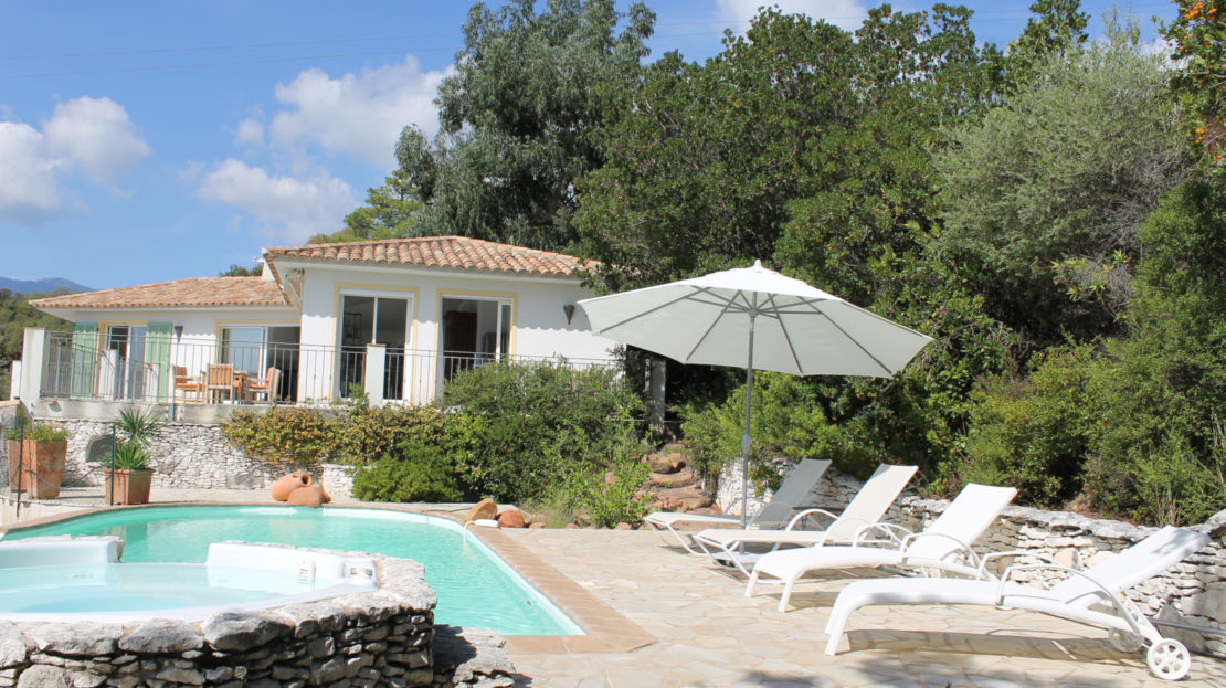 piscine villa vue panoramique porto vecchio