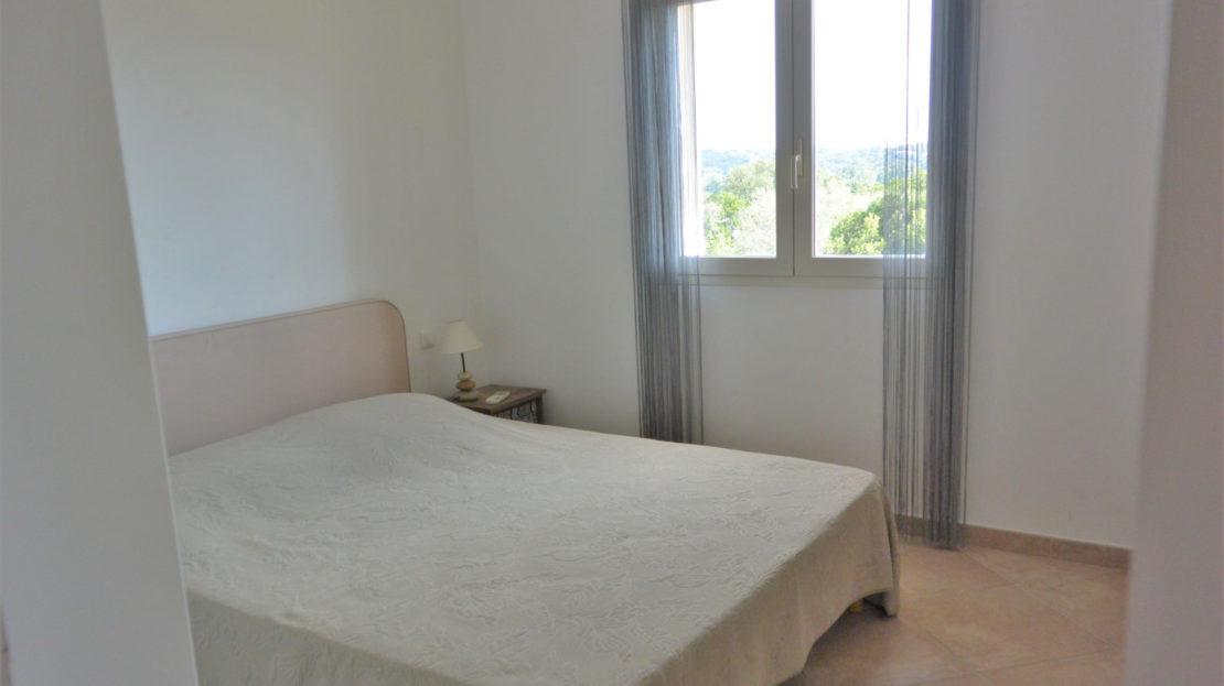 chambre vente et location de villas de luxe à proximité de Fautea sud corse