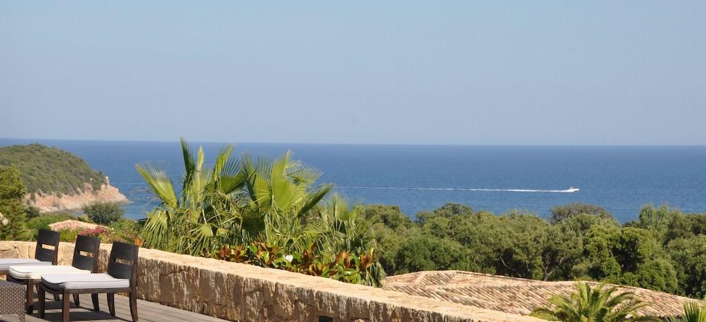 location villa de luxe vue mer avec piscine corse du sud