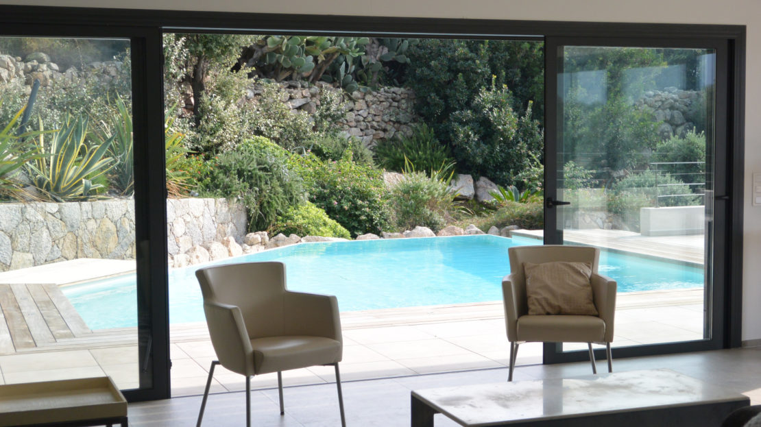 vente villa de luxe avec piscine saint cyprien corse du sud