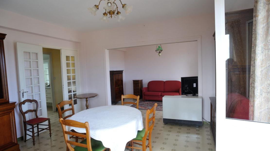 séjour appartement a vendre centre ville de porto vecchio