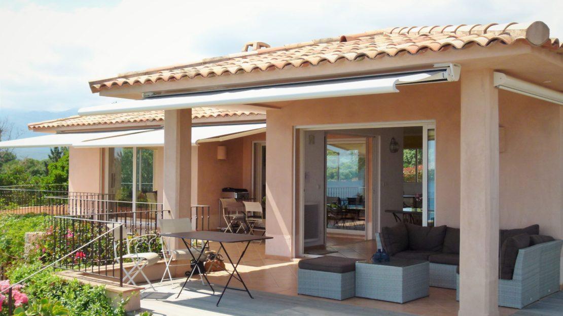 vente villa région pinarello terrasse vue mer
