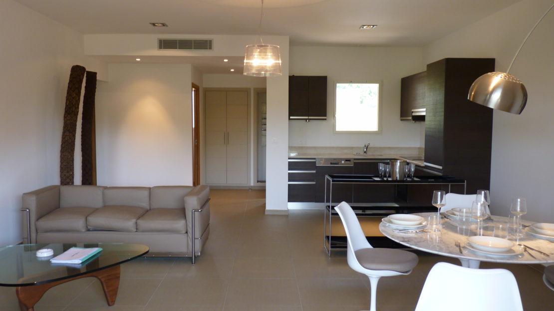 vente-dans résidence avec gardien- 4 appartements-pinarello