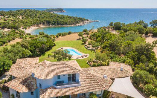 villa face a la baie de Saint Cyprien